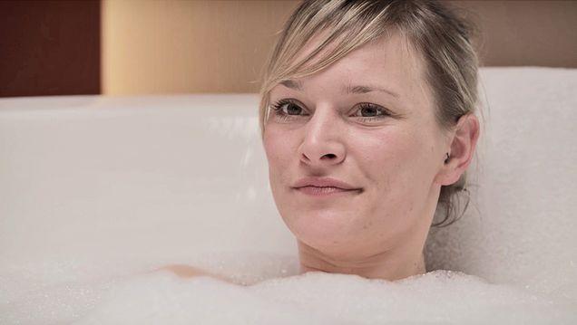 Azubi Anne bei Die Badgestalter