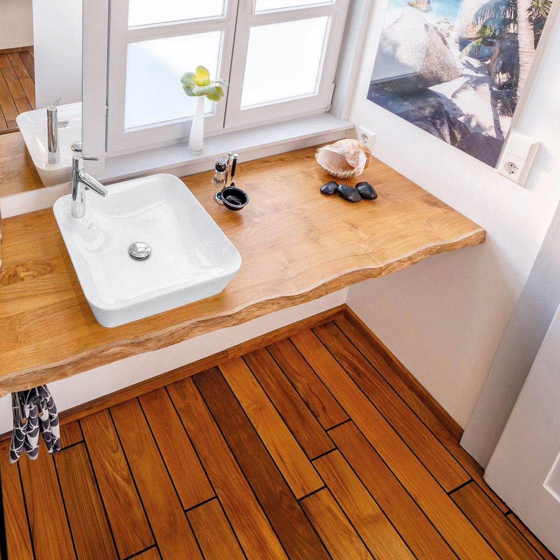 Waschplatz mit Holzelementen