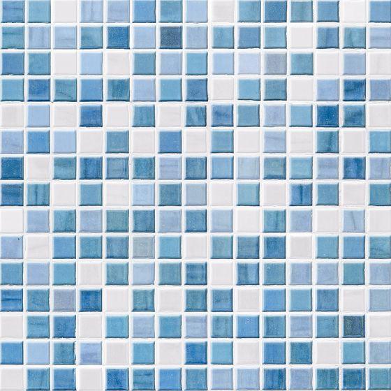 Mosaikfliesen in diversen Blautönen