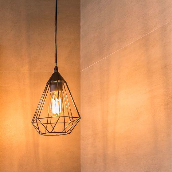 Badezimmer-Beleuchtung im Industrial Design