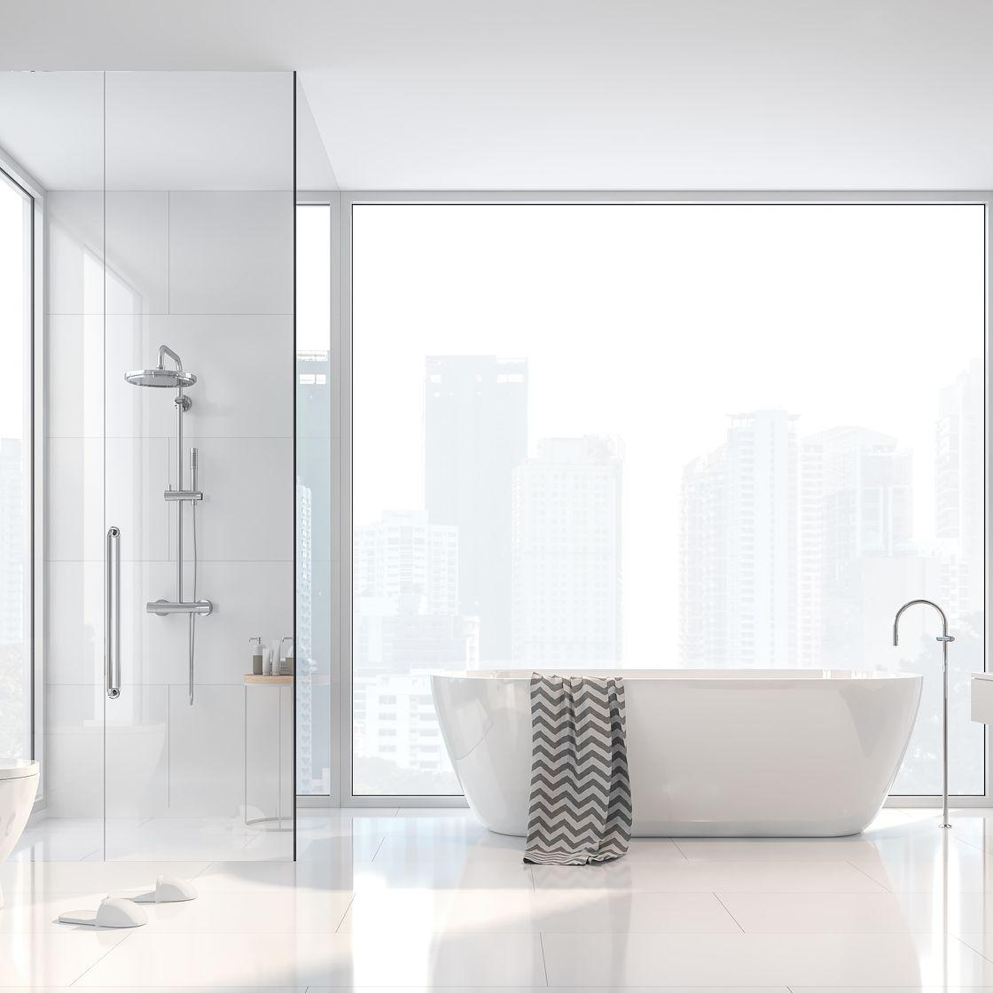 Zeitlos-elegantes Badezimmer im urbanen Stil