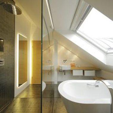 Tricks für individuelle Badezimmer im Dachgeschoss