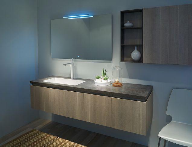 Wirkungsvolle Lichtreflexionen im Badezimmer