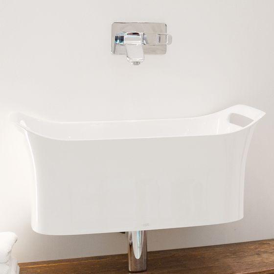 Waschbecken in außergewöhnlicher Form bei Badgestalter