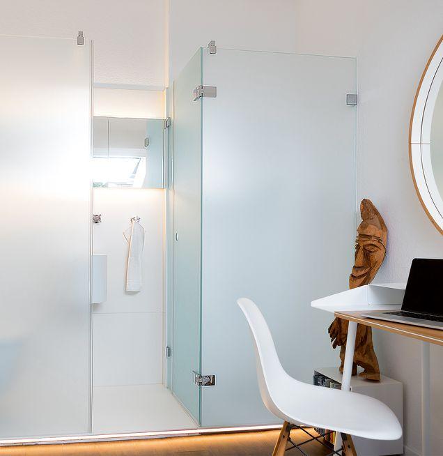 Farbe und Licht im Einklang im neuen Badezimmer