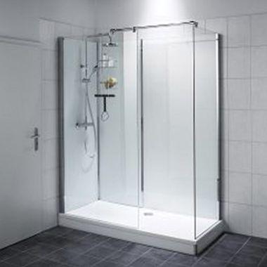 Eingebaute Walk-in-Dusche